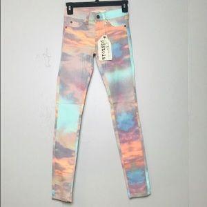 NWT Pistola Dawn Skinny Jeans
